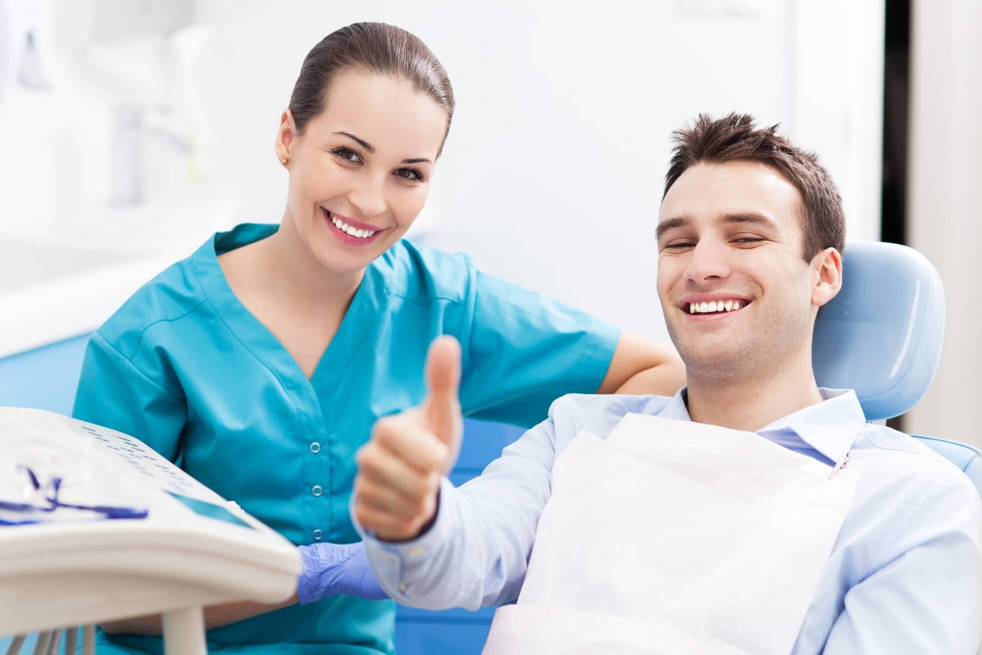 Clínica Dental Barcelona Dentes